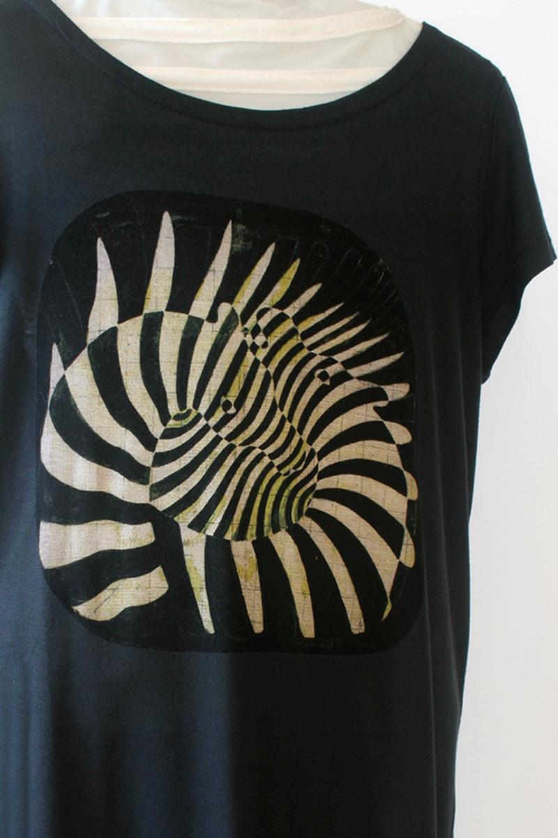 serigrafia-textil-camiseta-vasarely-thyssen